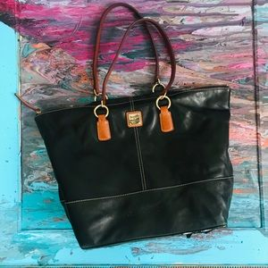 Dooney and Bourke | Black and Tan Purse